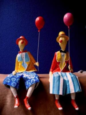 boneco_palhaco_com_balaozinho.jpg